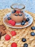 Vegan Mousse au chocolat - gluten-free & only 6 ingredients