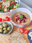 Garlicky Kidney Cinnamon Hummus