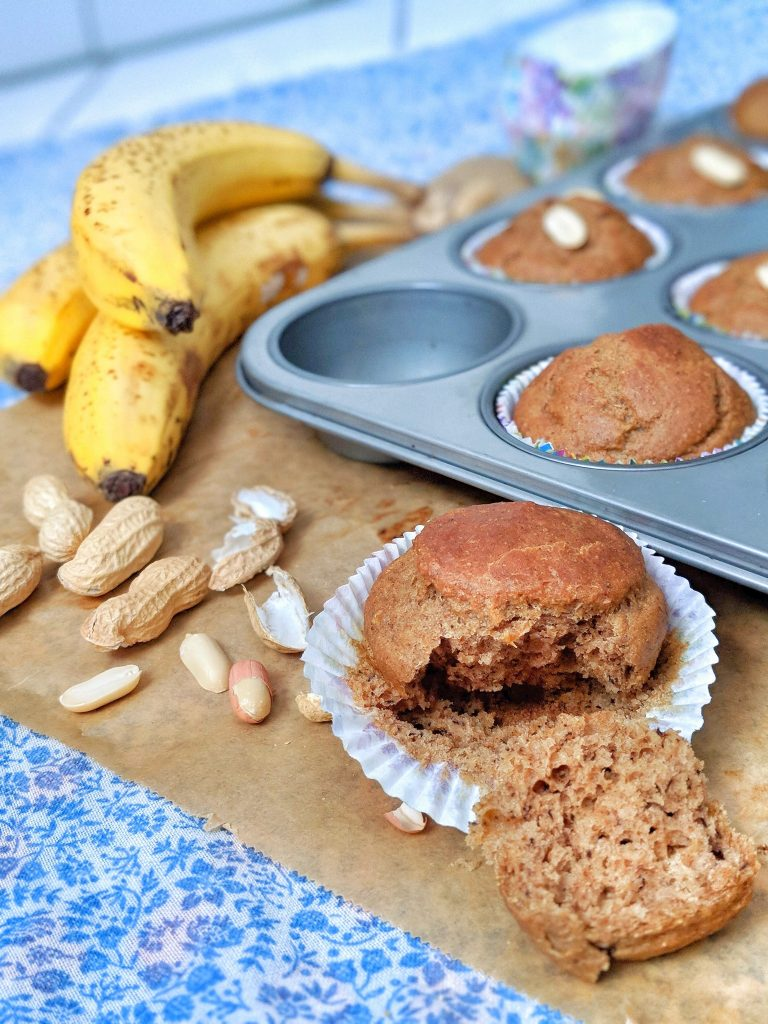 Banana-Peanutbutter-Muffins - vegan, oil-free & naturally sweetened