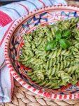 Vegan Kale Pesto - quick, healthy & delicious